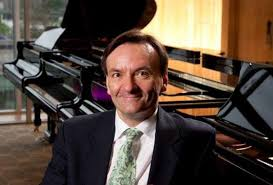 Stephen Hough @ Wigmore Hall – Bach/Busoni & Schumann – Live on BBC Radio 3 and in HD video.