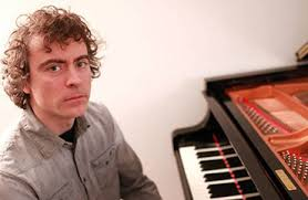Paul Lewis @ Wigmore Hall – Piano Sonatas by Beethoven & Schubert: Moonlight & D894 – Live on BBC Radio 3 and in HD video.