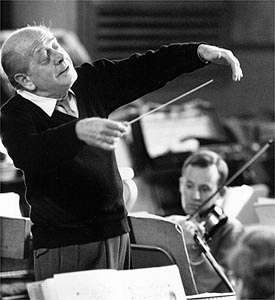 Eugene Ormandy conducts Vaughan Williams's A Pastoral Symphony.