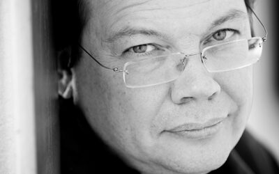 Sad news: it is reported that conductor Alexander Vedernikov died in Moscow last night, probably from Covid. He was 56.