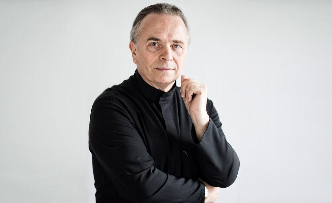 Sir Mark Elder conducts BBC Scottish Symphony Orchestra [live YouTube webcast]