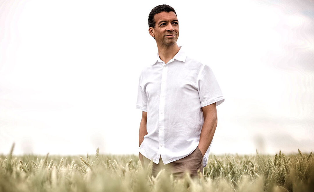 Hallé – Second Concert of its Digital Winter Season – Mark Elder conducts; Roderick Williams sings.