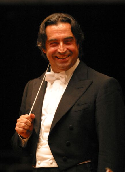 Vienna Philharmonic New Year's Day Concert 2021 conducted by Riccardo Muti [live relay]