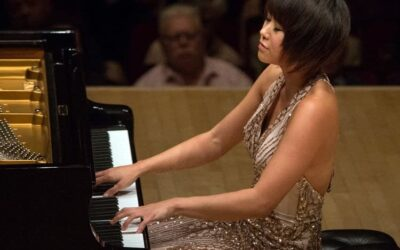 Many Happy Returns to Yuja Wang, 34 today.