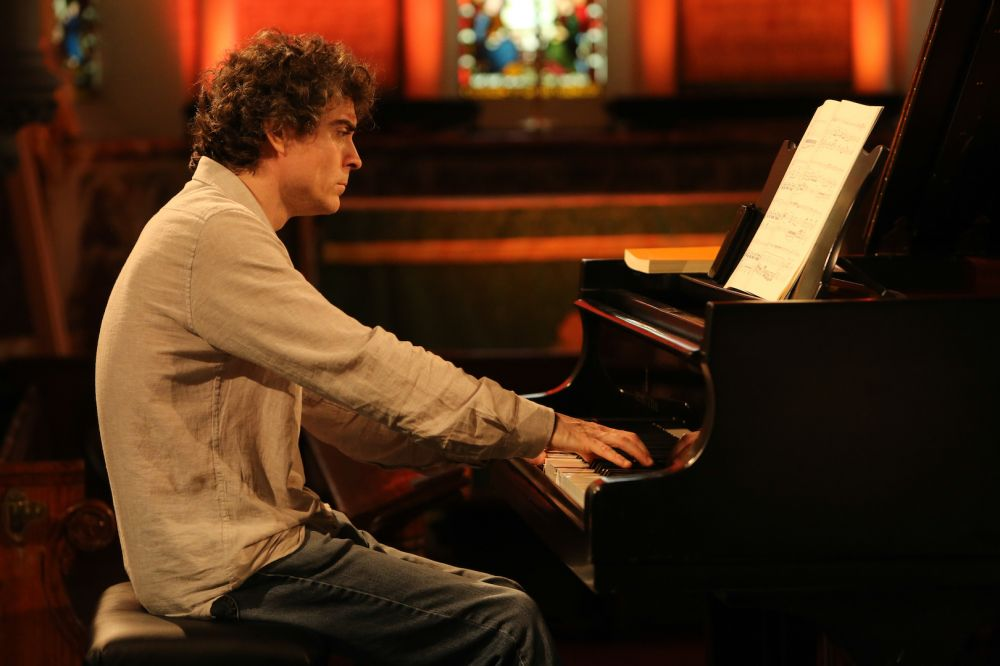 The latest Hallé online concert is now available to view – Paul Lewis plays Mozart … Stravinsky unconducted.