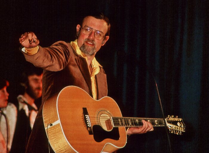 Many Happy Returns to Roger Whittaker, 85 today.