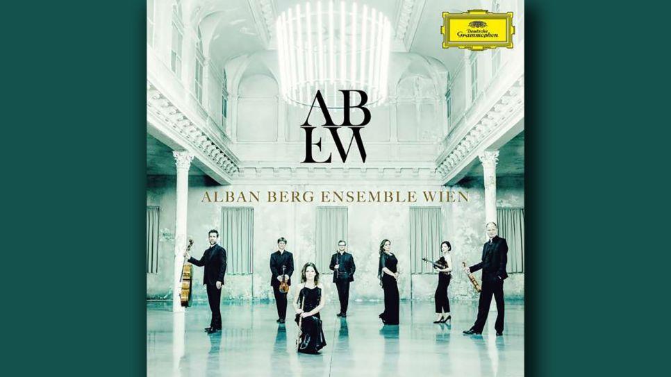 Alban Berg Ensemble Wien records Transcriptions of Mahler, Schoenberg and Strauss for Deutsche Grammophon.