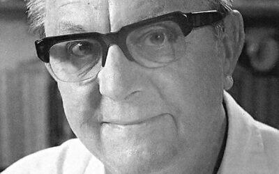 Lyrita celebrates the centenary of Robert Simpson's birth with BBC premiere recordings.